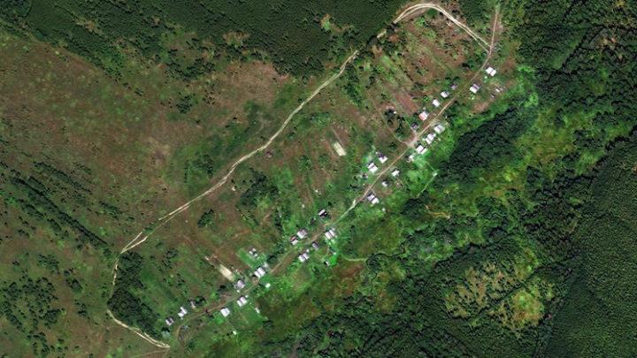 Зиновьево — деревня в Юринском районе