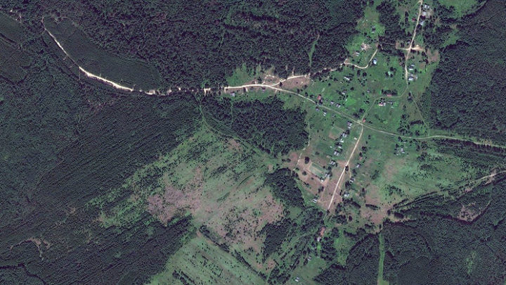 Покровское — село в Юринском районе