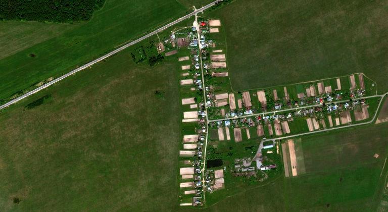 Верхнее Азяково — деревня в Медведевском районе