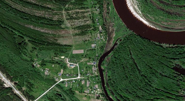 Подгорное — деревня в Юринском районе