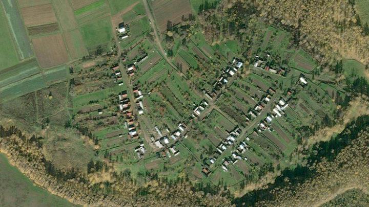 Сарапаево — деревня в Горномарийском районе