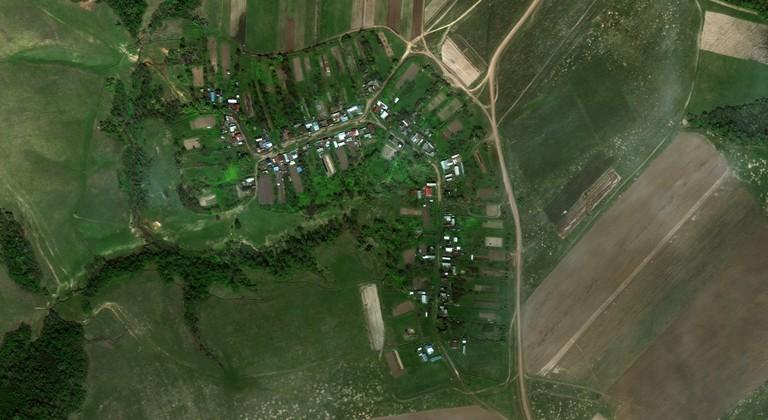 Шапкилей — деревня в Горномарийском районе