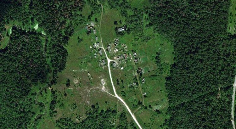 Горная Поляна — деревня в Советском районе