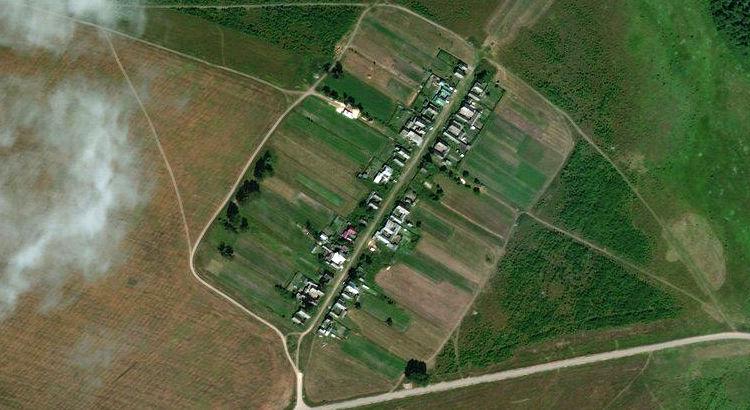 Петрушкино — деревня в Советском районе