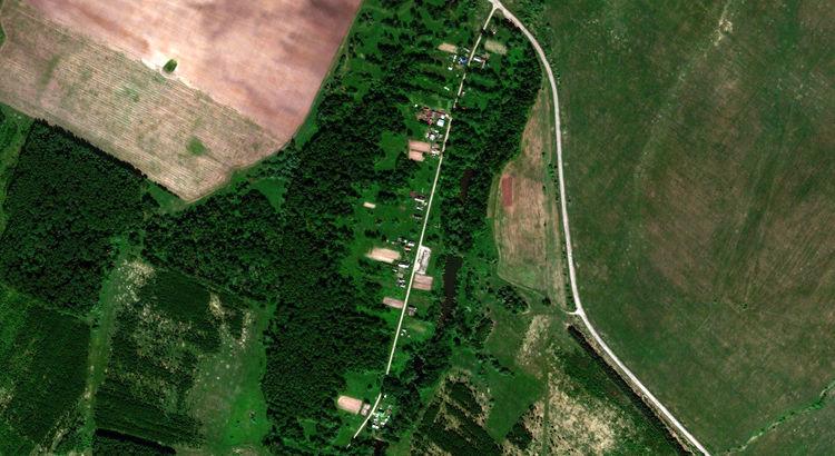 Сосновка — деревня в Новоторъяльском районе